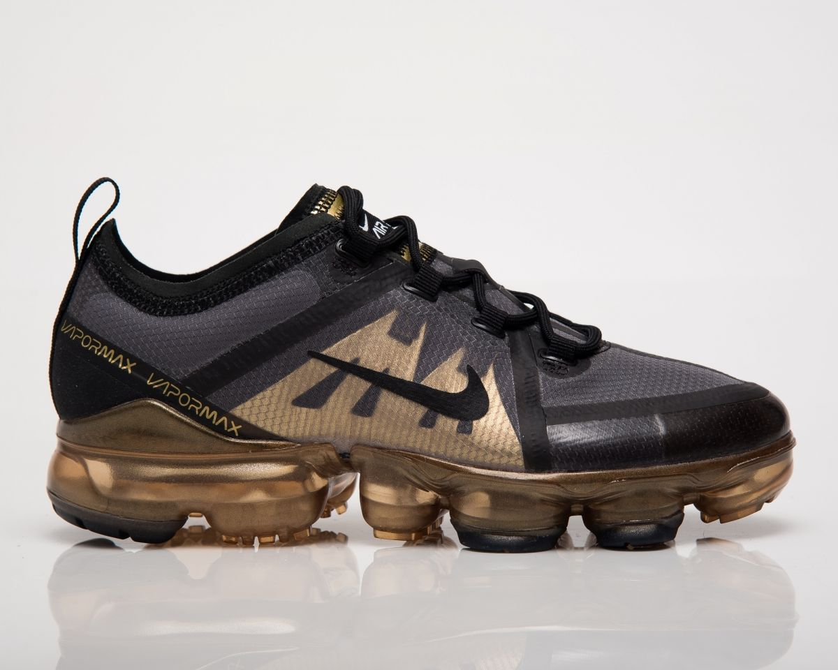 huge selection of 6a0db ae39a Кецове Nike Air VaporMax 2019 GS Black Gold