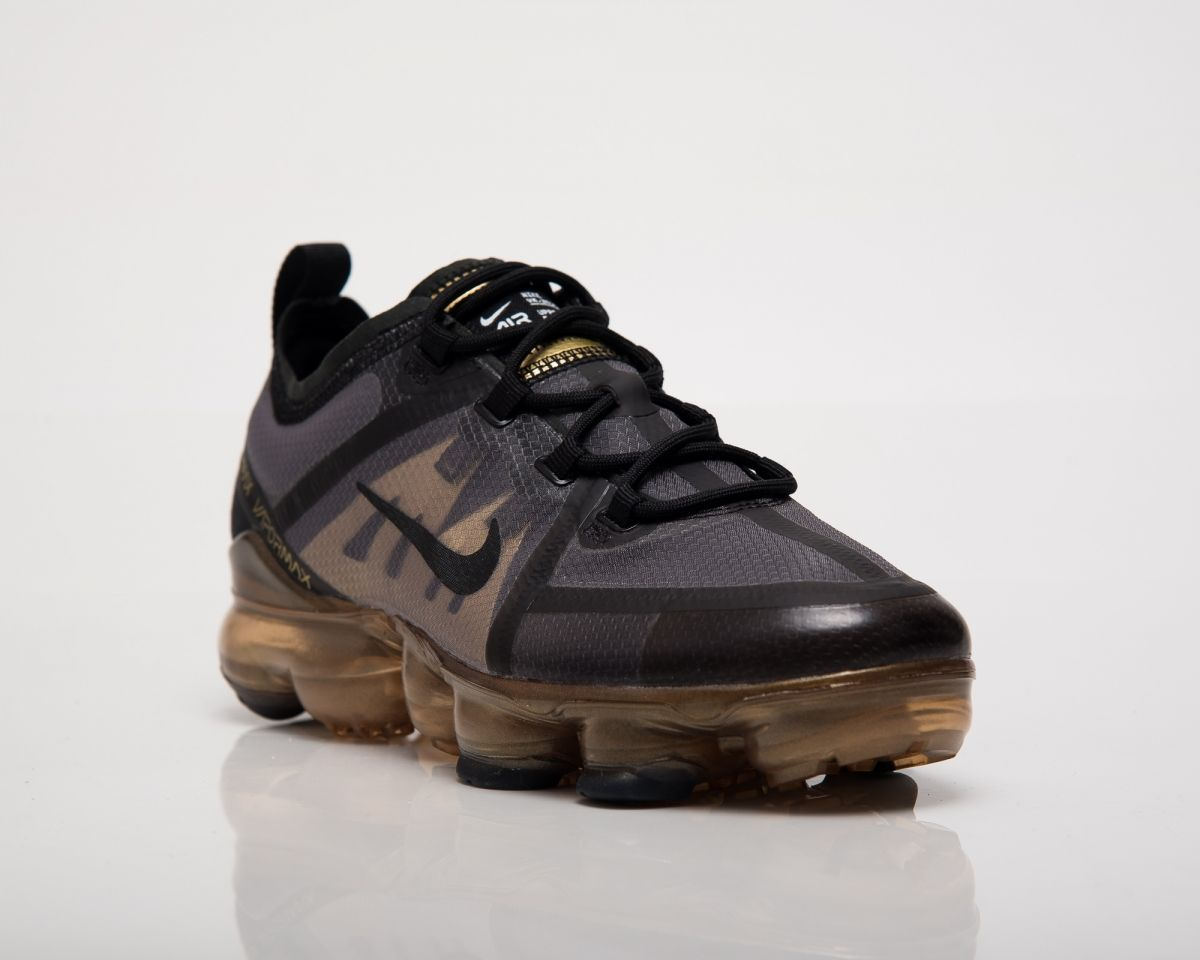 huge selection of 1aa6a 522ac Кецове Nike Air VaporMax 2019 GS Black Gold