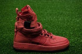 Кецове Nike Wmns SF Air Force 1