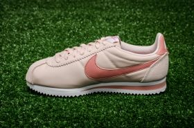 Кецове Nike WMNS Classic Cortez Nylon