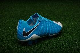 Футболни обувки Nike Hypervenom Phantom 3 FG