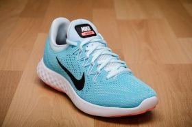 Маратонки за бягане Nike WMNS Lunar Skyelux