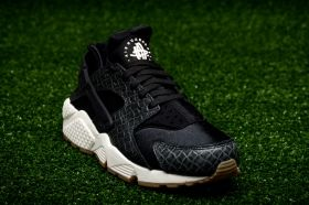 Кецове Nike WMNS Air Huarache Run Premium