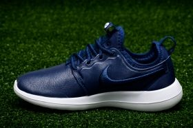 Кецове Nike WMNS Roshe Two SI