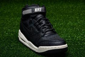 Кецове Nike WMNS Air Revolution Premium Essential