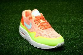 Кецове Nike WMNS Air Max 1 NS