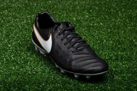 Футболни обувки Nike Tiempo Legacy II FG