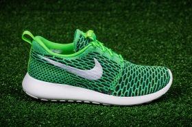 Кецове Nike WMNS Roshe One Flyknit