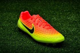 Футболни обувки Nike Magista Opus FG