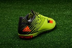 Футболни обувки adidas Messi 15.3 TF