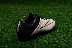 Футболни обувки Nike Mercurial Veloce II Leather FG