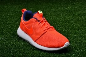 Кецове Nike WMNS Roshe One Moire