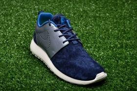 Кецове Nike WMNS Roshe One Premium Suede