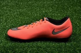 Футболни обувки Nike Mercurial Vortex II FG