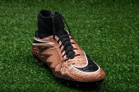 Футболни обувки Nike Hypervenom Phatal II Dynamic Fit AG-R