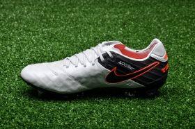 Футболни обувки Nike Tiempo Legend VI SG-PRO