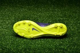 Футболни обувки Nike Hypervenom Phatal II FG