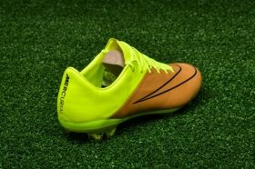 Футболни обувки Nike Mercurial Vapor X Leather FG