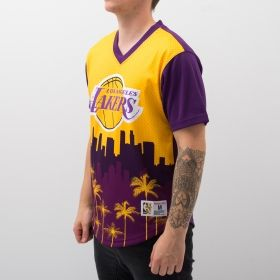 Type Shirts Mitchell & Ness NBA Los Angeles Lakers Game Winning Shot Mesh V-Neck T-Shirt