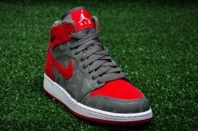 Кецове Air Jordan 1 Retro High Premium BG