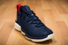 Баскетболни кецове Nike Lebron XIV Low