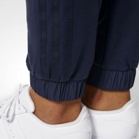 Type Pants adidas Originals WMNS Slim Cuffed Pants