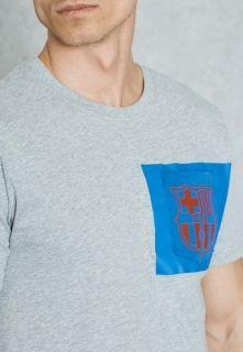 Тениска Nike FC Barcelona Crest Tee