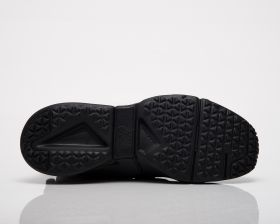 Кецове Nike Huarache Gripp Triple Black GS