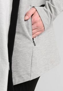 Суичър adidas WMNS Wanderflow Wrap Me Up Cardigan