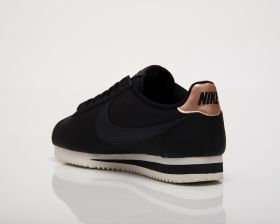 Кецове Nike Wmns Classic Cortez Leather
