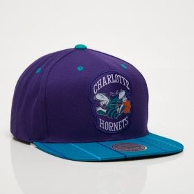 low priced 80e74 2d5cb Type Caps Mitchell  amp  Ness NBA Charlotte Hornets Diamond Snapback Cap