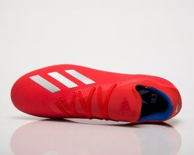 Type Soccer adidas X 18.3 FG