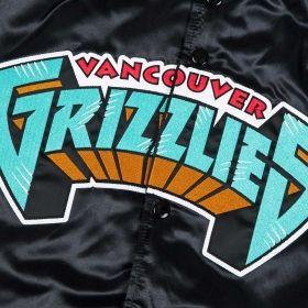Type Jackets Mitchell & Ness NBA Vancouver Grizzlies Tough Season Satin Jacket