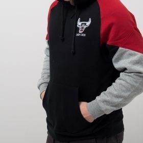 Type Hoodies Mitchell & Ness NBA Chicago Bulls Trading Block Hoodie