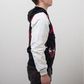 Type Jackets Mitchell & Ness NBA Chicago Bulls Shark Tooth Jacket