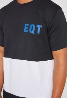 Type Shirts adidas EQT Graphic Tee