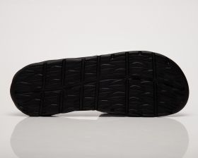 Type Slides Nike Benassi Solarsoft Slides