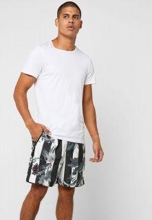 Type Shorts Nike NSW Striped Shorts