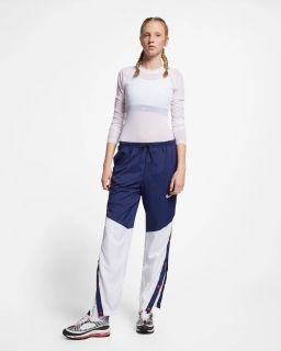 Type Pants Nike Wmns Sportswear Windrunner Pants