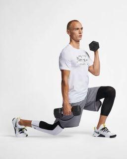 Type Shirts Nike Pro Training Top