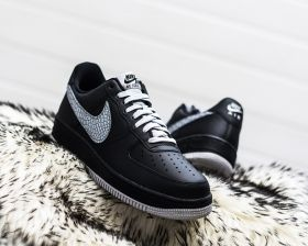 Кецове Nike Air Force 1 07 LV8 Low