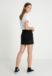 Type Skirts / Dresses Converse Wmns Burnout Star Chevron Skirt