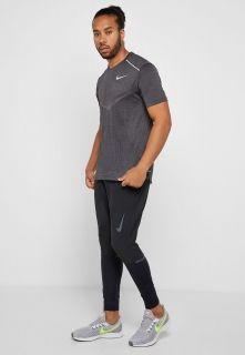 Type Shirts Nike TechKnit Ultra Running Top