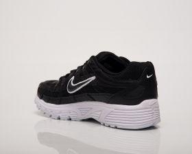 Кецове Nike Wmns P-6000