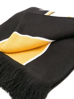 Type Scarves Champion Knitted Scarf